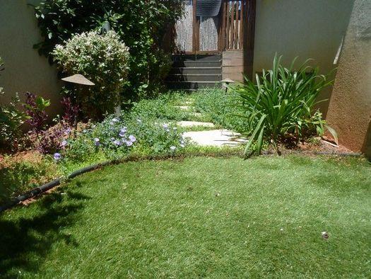 עיצוב גינות עם דשא