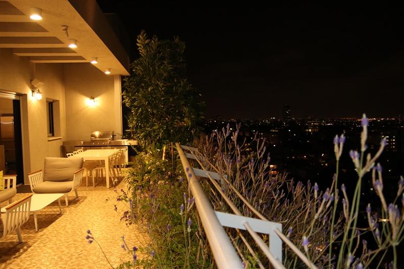 עיצוב גינה במרפסת של ניר ואילנית