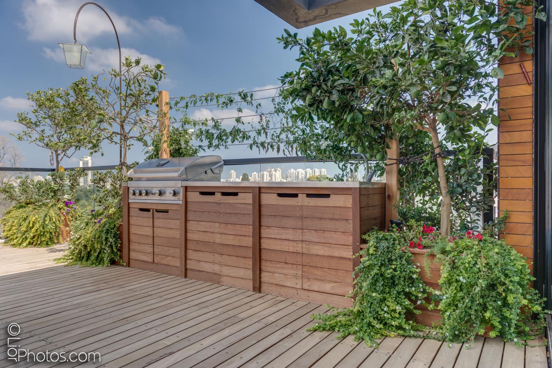 פנינה ברמת גן – מרפסת על הגג
